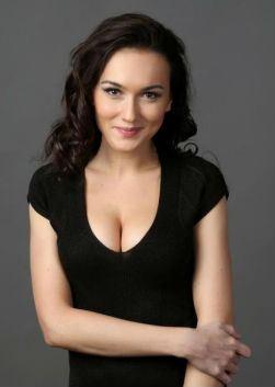 Биография Александры Булычевой - Российские актеры.