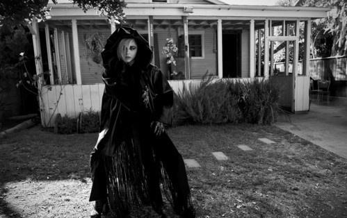 Хлоя Морец в фотосессии для Flaunt Magazine